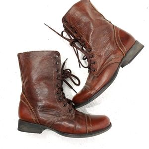 STEVE MADDEN LEATHER TROOPA BOOT
